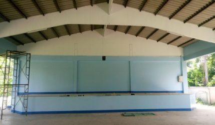 โรงเรียนซ่อมหอประชุม ได้ทำการปรับปรุงหอประชุมใหม่รวมถึงสร้างห้องน้ำนักเรียน